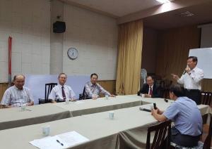 總會長率副總會長及秘書長假退警總會,出席『年金改革』會議3